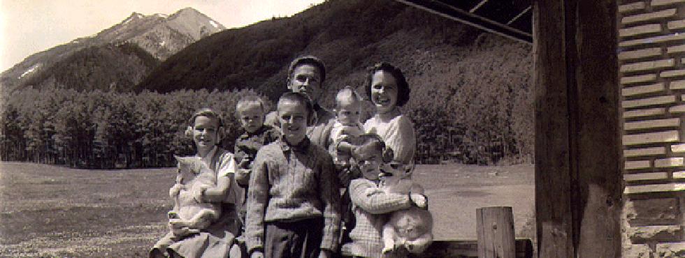 header-legacy-the-mace-family